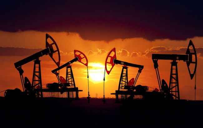 Фото: нафта Brent опустилася нижче 50 доларів за барель