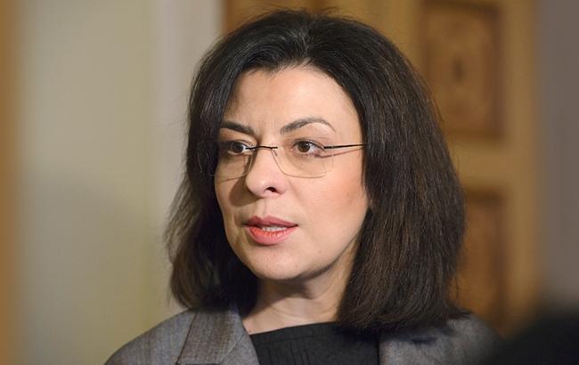 Оксана Сыроид считает, что президент не должен влиять на правительство