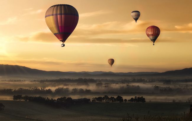 Необычное приключение и сказочные пейзажи: где в Украине можно полетать на воздушном шаре