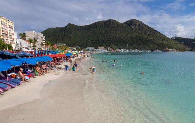 Вперше в історії: на безпечному карибському курорті сталася трагедія з туристкою
