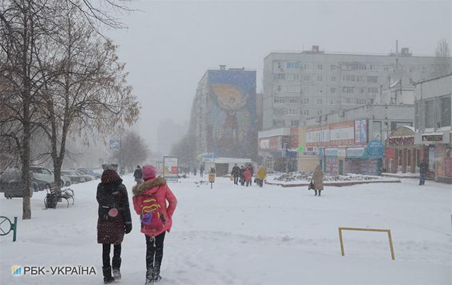 Фото: снегопад в городе (Надежда Ковтан/РБК-Украина)
