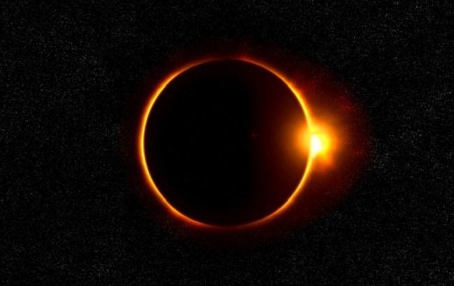 Фото: Солнечное затмение (pixabay.com/Buddy_Nath)