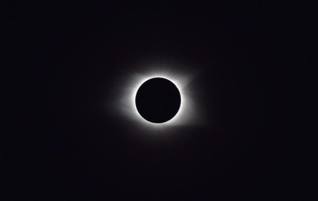 Фото: Затемнення (pixabay.com/ru/users/TheDigitalArt)