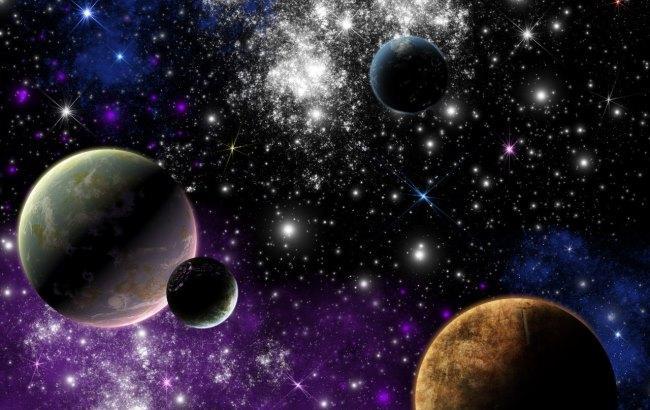 Фото: Найбільший місяць Сонячної системи
