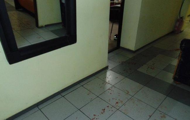 В столичном хостеле мужчина напал с ножом на соседей