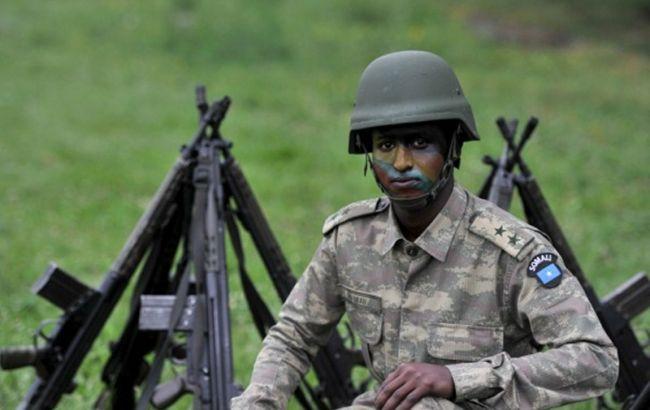 Фото: сомалийский солдат