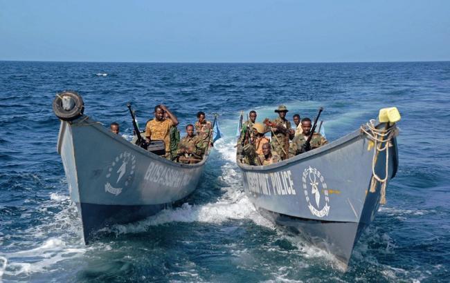 Фото: сомалийские пираты