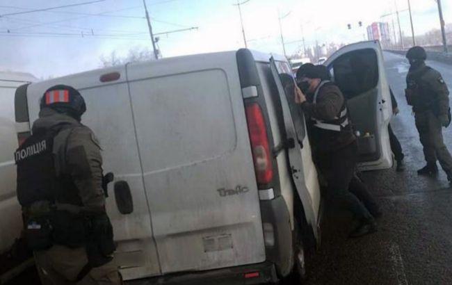 У Києві проходить спецоперація для затримання банди наркоторговців