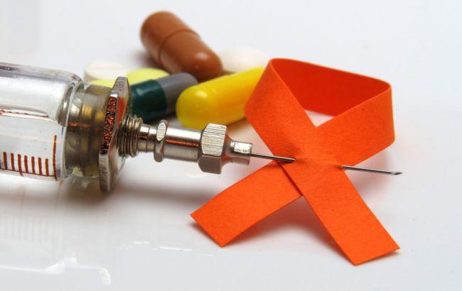 Фото: доступ до антиретровірусної терапії отримали майже 18,2 млн осіб