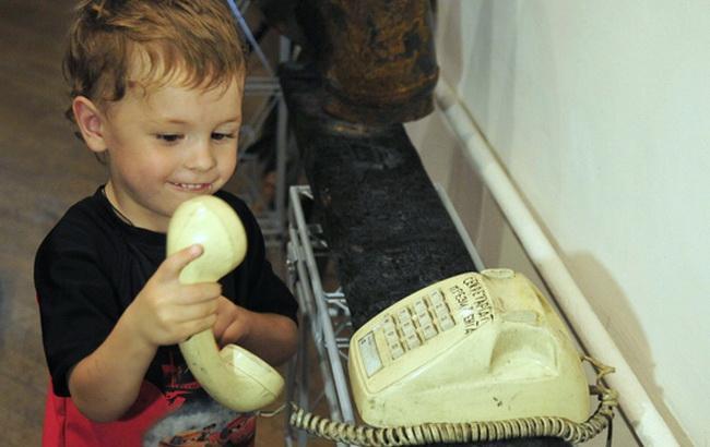 На праздники украинцы около 10 миллионов раз звонили с домашних телефонов