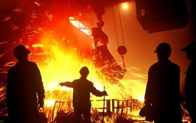Фото: производство стали существенно снизилось