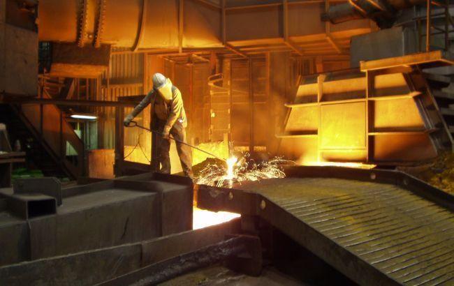 Виробництво сталі в Україні в жовтні скоротилося на 4,5%