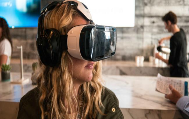 В2015-м году будет реализовано два млн игровых VR-гарнитур