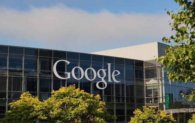 Google купила стартап Cronologics, чтобы сделать андроид Wear лучше