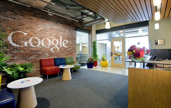 Google выделила проект посозданию автомобиля савтопилотом вотдельную компанию
