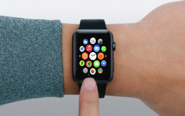 Втечении следующего года продажи умных часов Apple Watch неоправдали ожиданий