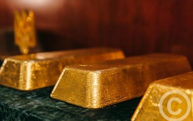 Фото: золото подорожчало на 0,2%