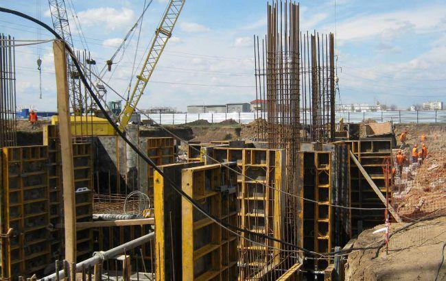 Фото: объемы строительства в Украине сократились на одну пятую