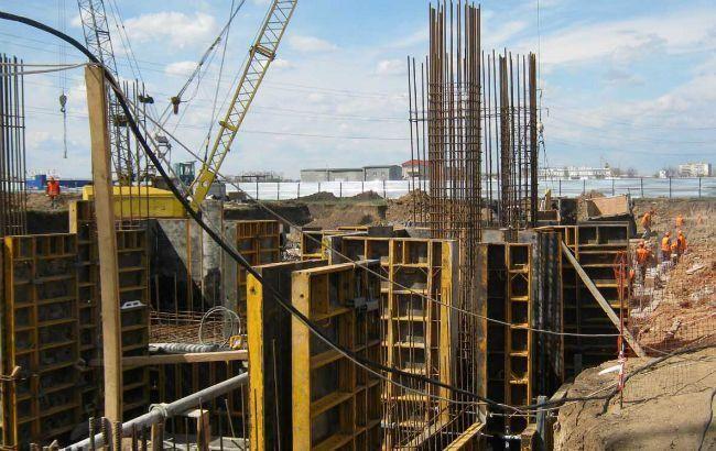 Объемы строительства в Украине в январе упали на 11,4%