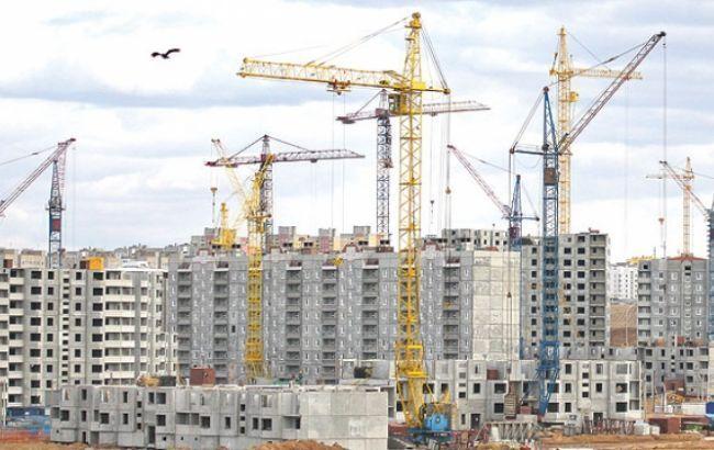 Фото: обсяги будівництва скоротилися на одну сьому