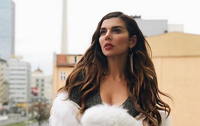 Скандальная Седокова, выступающая в РФ, собирается дать концерт в Одессе