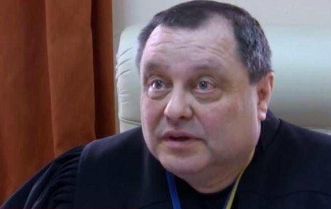 Суддя-хабарник, який спробував підкупити керівника САП, повернувся нароботу