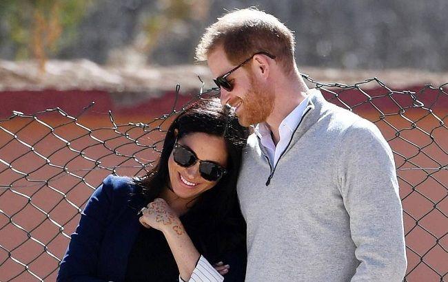 План побега: принц Гарри еще до женитьбы с Меган Маркл хотел отдалиться от королевской семьи
