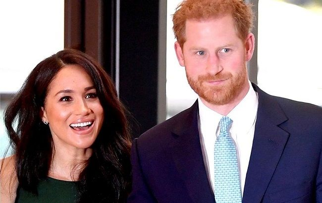 Королева красных дорожек: Меган Маркл ослепила ярким образом на светском мероприятии в Лондоне