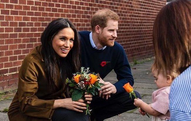 Канадцы заставили Меган Маркл и принца Гарри платить за безопасность со своего кармана - им нужно срочно искать работу