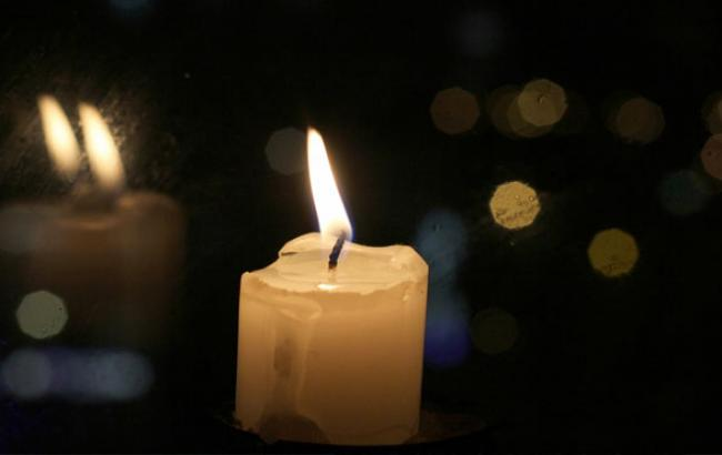 Фото: Українців закликали запалити жалобну свічку (facebook.com)