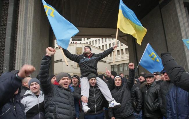 Фото: в Крыму судят участников митинга за территориальную целостность Украины