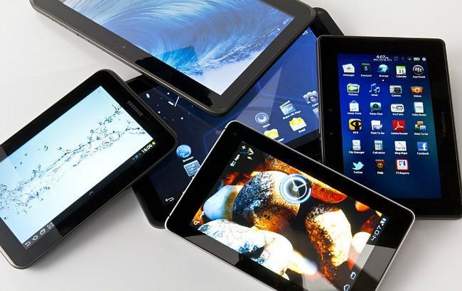 Фото: світові продажі планшетів скоротилися на 15%