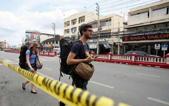Фото: два взрыва произошли перед отелями на таиландском курорте