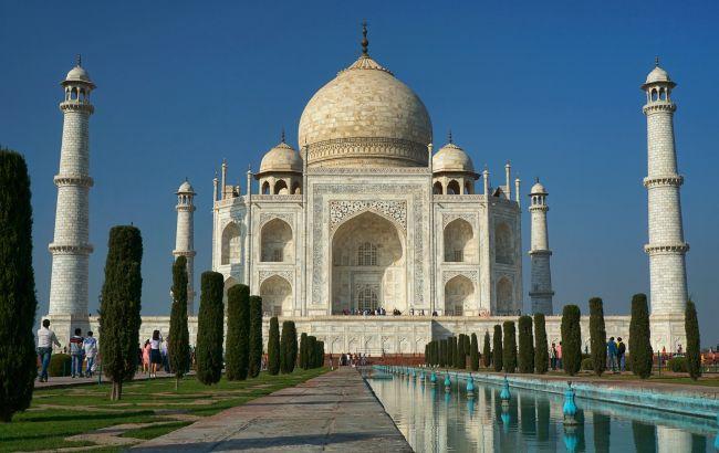 Фиксированный маршрут и маски: как будут принимать туристов в Индии