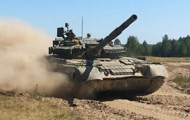 """Фото: """"Укроборонпром"""" подготовил для десантников новую партию танков Т-80"""