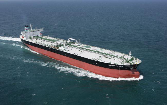 Фото: за один-два тижні танкери доставили в Сирію 20 тис. тонн авіаційного палива