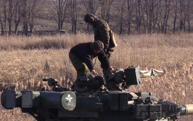 Фото: украинские военные в зоне АТО (mediarnbo.org)
