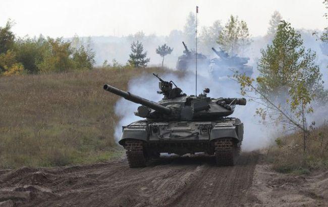 Боевики на танках отправились в Широкино - СМИ