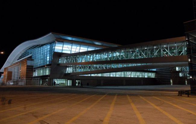 Фото: аэропорт Тбилиси (uk.wikipedia.org)