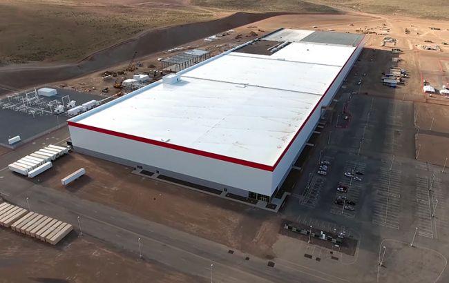 Фото: завод Tesla в Неваде