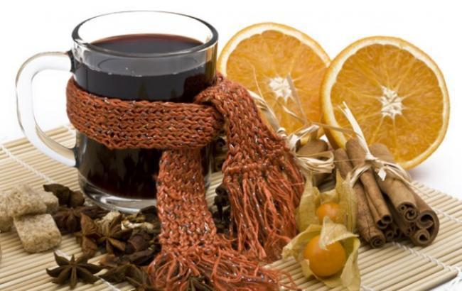 Замість глінтвейну: корисні напої, які допоможуть пережити морози і підняти настрій