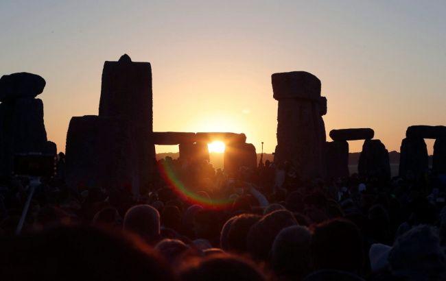 Летнее солнцестояние в Стоунхендже впервые можно увидеть онлайн: где смотреть
