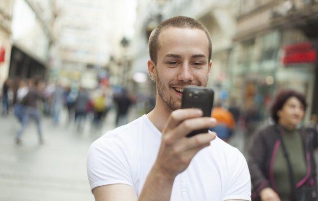 Що у сусідів: як Vodafone запускав 3G в Угорщині, Румунії та Польщі