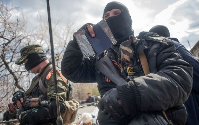 Бойовики за добу 21 раз обстріляли сили АТО на Донбасі