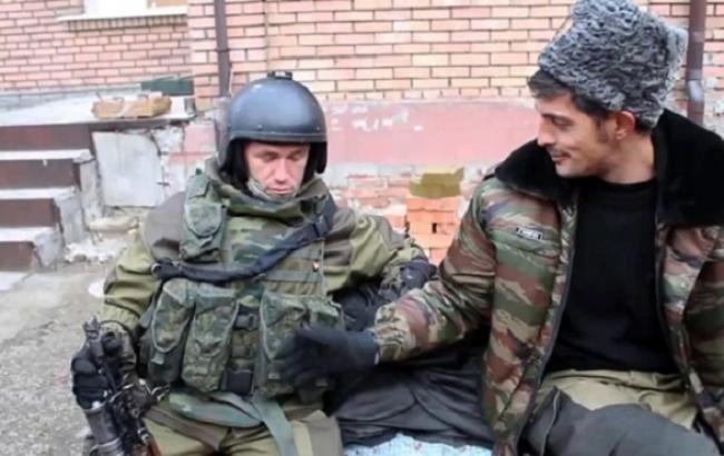 Фото: Покійний Моторола і бойовик Гіві (uapress.info)