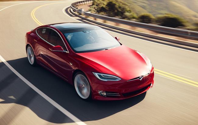 Фото: Tesla Model X (tesla.com-2)