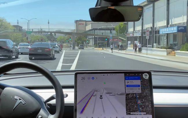 Власників Tesla допустили до бета-тестування просунутого Автопілот Full Self-Driving
