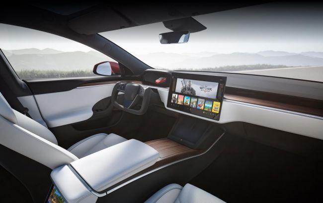 Главной проблемой современных автомобилей назван смартфон