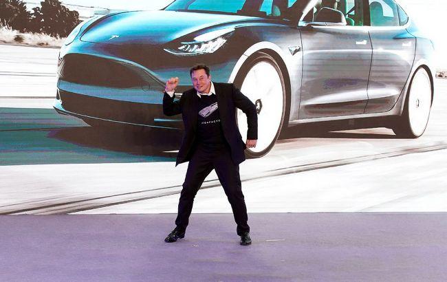 Новий рекорд: ринкова капіталізація Tesla перевищила 1 трлн доларів