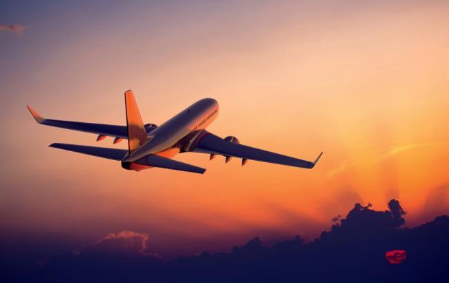 Фото: Самолет в небе (myhindiheart.com)